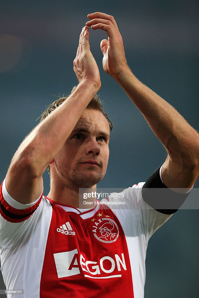<a gi-track='captionPersonalityLinkClicked' href=/galleries/search?phrase=Siem+De+Jong&family=editorial&specificpeople=5485391 ng-click='$event.stopPropagation()'>Siem De Jong</a> of Ajax thanks the fans after victory in the Eredivisie match between Ajax Amsterdam and Feyenoord Rotterdam at Amsterdam Arena on January 20, 2013 in Amsterdam, Netherlands.