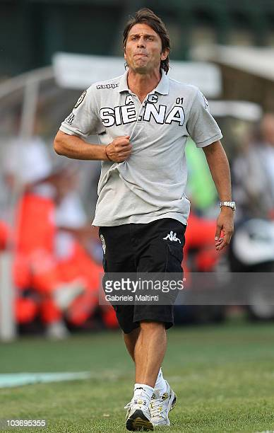 Siena head coach Antonio Conte looks on during the Serie B match between Siena and Reggina at Artemio Franchi Mps Arena Stadium on August 28 2010 in...