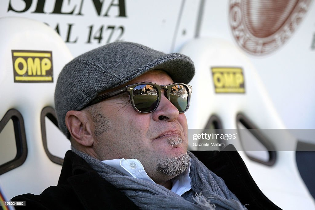 Siena head coach Serse Cosmi looks during the Serie A match between AC Siena and Calcio Catania at Stadio Artemio Franchi on December 9, 2012 in Siena, Italy.