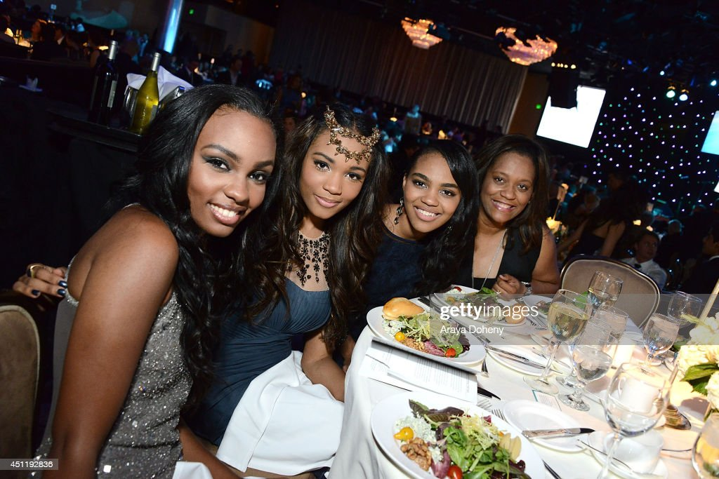 <a gi-track='captionPersonalityLinkClicked' href=/galleries/search?phrase=Sierra+McClain&family=editorial&specificpeople=4142799 ng-click='$event.stopPropagation()'>Sierra McClain</a>, <a gi-track='captionPersonalityLinkClicked' href=/galleries/search?phrase=Lauryn+McClain&family=editorial&specificpeople=4142798 ng-click='$event.stopPropagation()'>Lauryn McClain</a> and <a gi-track='captionPersonalityLinkClicked' href=/galleries/search?phrase=China+Anne+McClain&family=editorial&specificpeople=4142795 ng-click='$event.stopPropagation()'>China Anne McClain</a> attend the 5th Annual Thirst Gala hosted by Jennifer Garner in partnership with Skyo and Relativity's 'Earth To Echo' at The Beverly Hilton Hotel on June 24, 2014 in Beverly Hills, California.