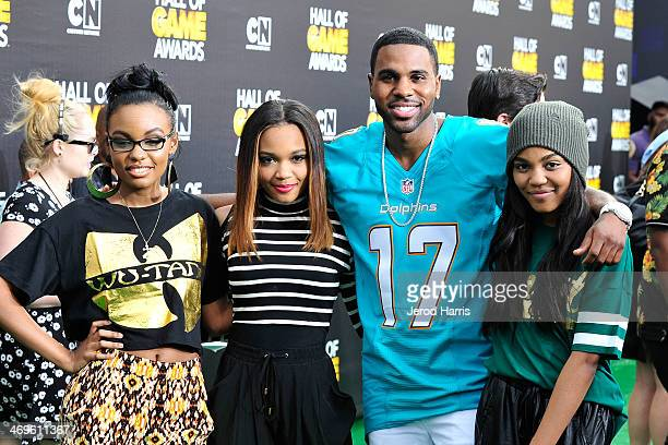 Sierra McClain Lauryn McClain Jason Derulo and China Anne McClain arrive at the 4th Annual Cartoon Network Hall Of Game Awards at Barker Hangar on...