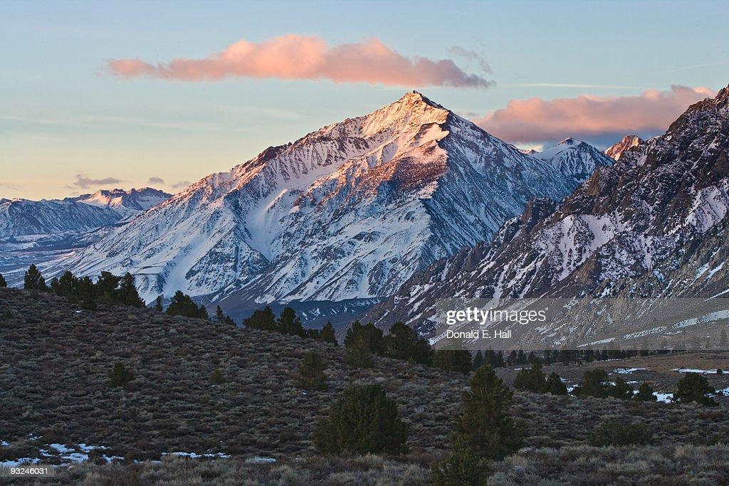 Sierra Nevada's Mt Tom at Dawn