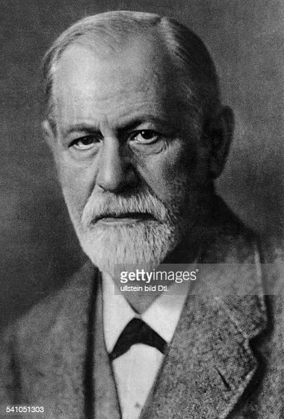 Sigmund Freud *06051856Wissenschaftler Psychoanalytiker ÖsterreichPortrait 1921Foto Max Halberstadt