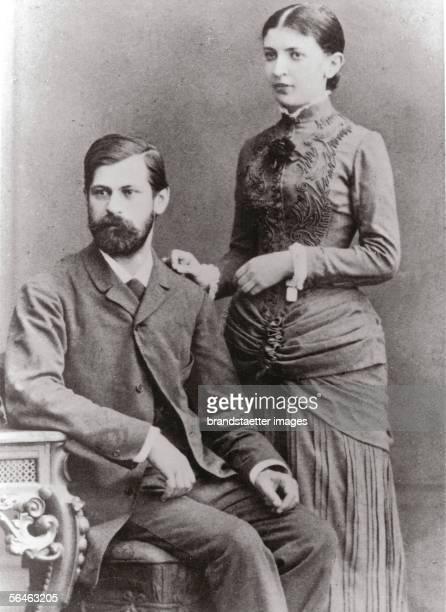 Sigmund Freud and his wife Martha Bernays Photography Around 1890 [Sigmund Freud und mit seine Frau Martha Bernays Photographie Um 1890]
