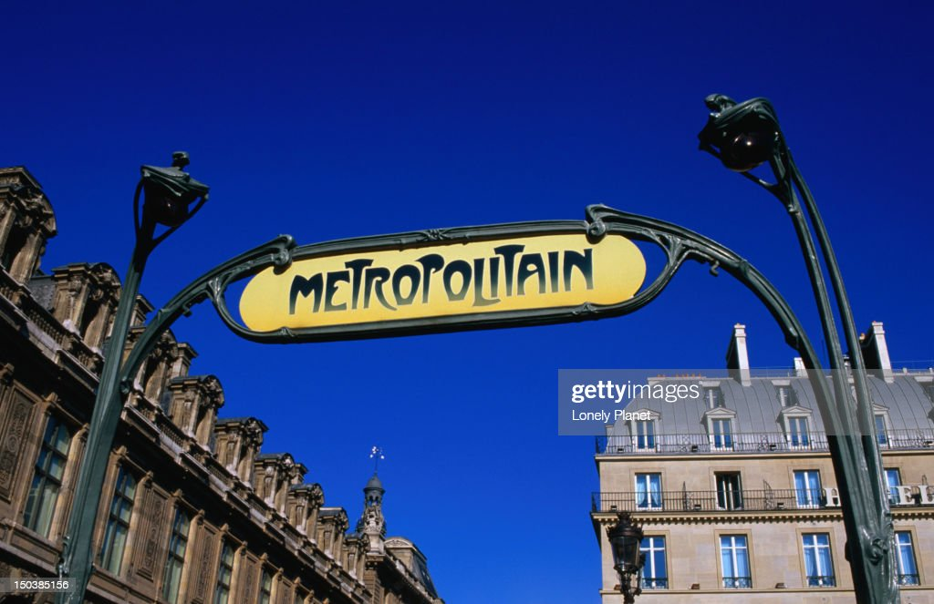 Sign at Palais Royal-Musee de Louvre metro entrance.