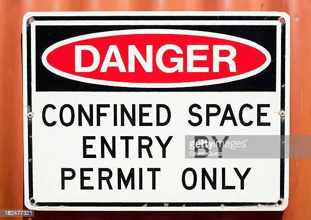 Signe de Danger Espace confiné