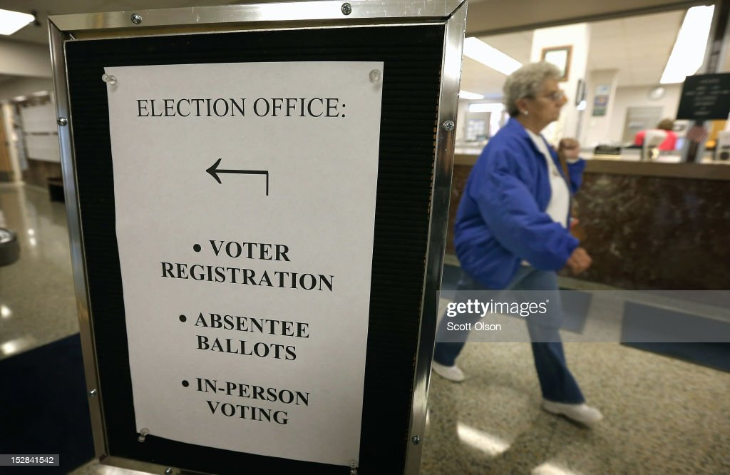 A sign directs voters to the election office for early voting at the Black Hawk County Courthouse on September 27, 2012 in Waterloo, Iowa. Early voting starts today in Iowa where in the 2008 election 36 percent of voters cast an early ballot.