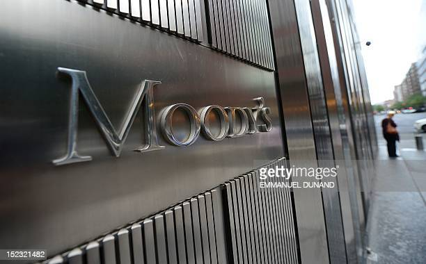 A sign for Moody's rating agency stands in front of the company headquarters in New York September 18 2012 AFP PHOTO/Emmanuel Dunand / AFP / EMMANUEL...