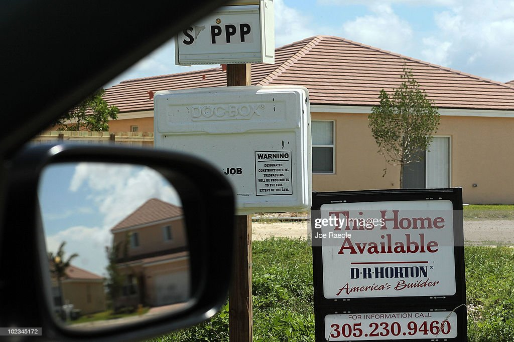 A sign indicating a new home is available for sale is seen on June 23, 2010 in Miami, Florida. The Commerce Department today announced new home sales declined 32.7% to a seasonally adjusted annual rate of 300,000 in May.