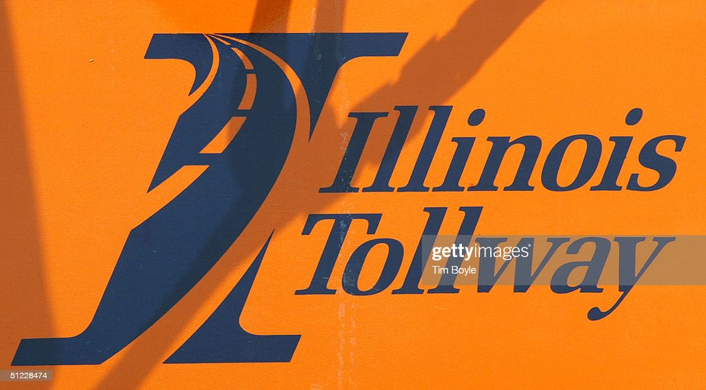 A sign is seen along the Illinois Tollway August 27 2004 in Des Plaines Illinois Illinois Governor Rod R Blagojevich has unveiled a plan for the...