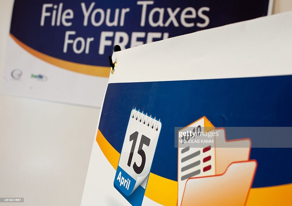 A sign is seen at a workshop on free tax preparation services for Virginia residents in Arlington, Virginia on April 1, 2014. US taxpayers have until April 15 to file their returns. AFP PHOTO/Nicholas KAMM
