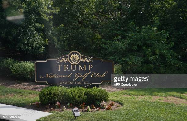 A sign is seen at an entrance to the Trump National Golf Club in Sterling Virginia on June 25 2017 / AFP PHOTO / MANDEL NGAN
