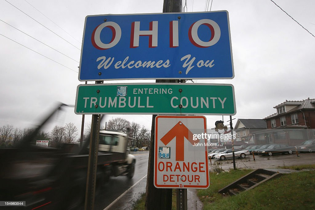 A sign marking the Ohio-Pennsylvania state line stands alongside a road on October 29, 2012 east of Warren, Ohio. Political analysts have predicted Ohio voters could potentially provide the winning votes in the Electoral College in the upcoming Presidential election.