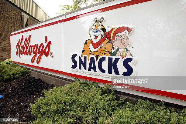 A sign marks the location of the Keebler corporate offices May 19 2004 in Elmhurst Illinois Kellogg Co which bought Keebler Foods in 2001 recently...