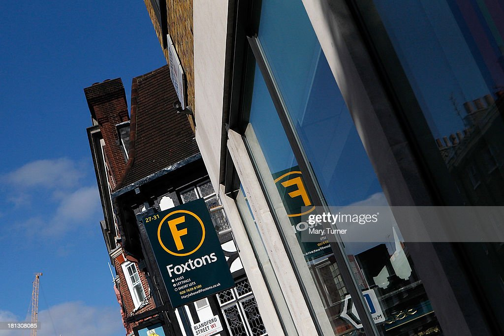 A sign outside Foxtons Estate Agents in Marylebone on September 20, 2013 in London, England. Foxtons has been valued at £649 million ahead of its full stock market listing. Shares in the company were priced at GBP 2.30 each.
