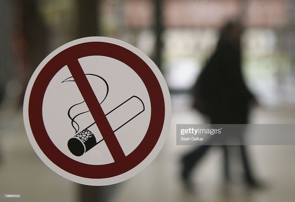 smoking bans in restaurants In a split decision, the garland city council updated its smoking ordinance tuesday night by banning smoking in all public restaurants however.