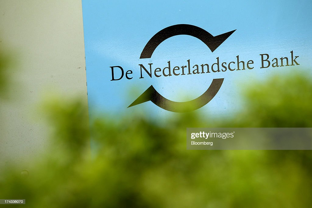A sign sits on display outside the Dutch central bank, also known as De Nederlandsche Bank NV, in Amsterdam, Netherlands, on Tuesday, July 23, 2013. Dutch pension funds will be allowed to calculate liabilities on the basis of an adjusted discount rate as the government seeks to keep the retirement system viable amid low interest rates and an aging population. Photographer: Matthew Lloyd/Bloomberg via Getty Images