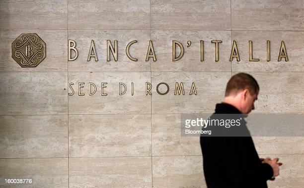 A sign sits outside the entrance to the Banca d'Italia Italy's central bank in Rome Italy on Friday Jan 25 2013 Italian Prime Minister Mario Monti...