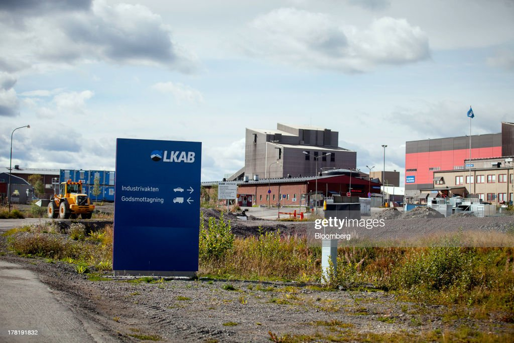 A sign stands at the entrance to the open cast iron ore mine run by LKAB, Sweden's state-owned mining company, in Svappavaara near Kiruna, Sweden, on Thursday, Aug. 22, 2013. Swedes living in the Arctic town of Kiruna are packing up their belongings before their homes are bulldozed to make way for iron ore mining driven by Chinese demand. Photographer: Casper Hedberg/Bloomberg via Getty Images