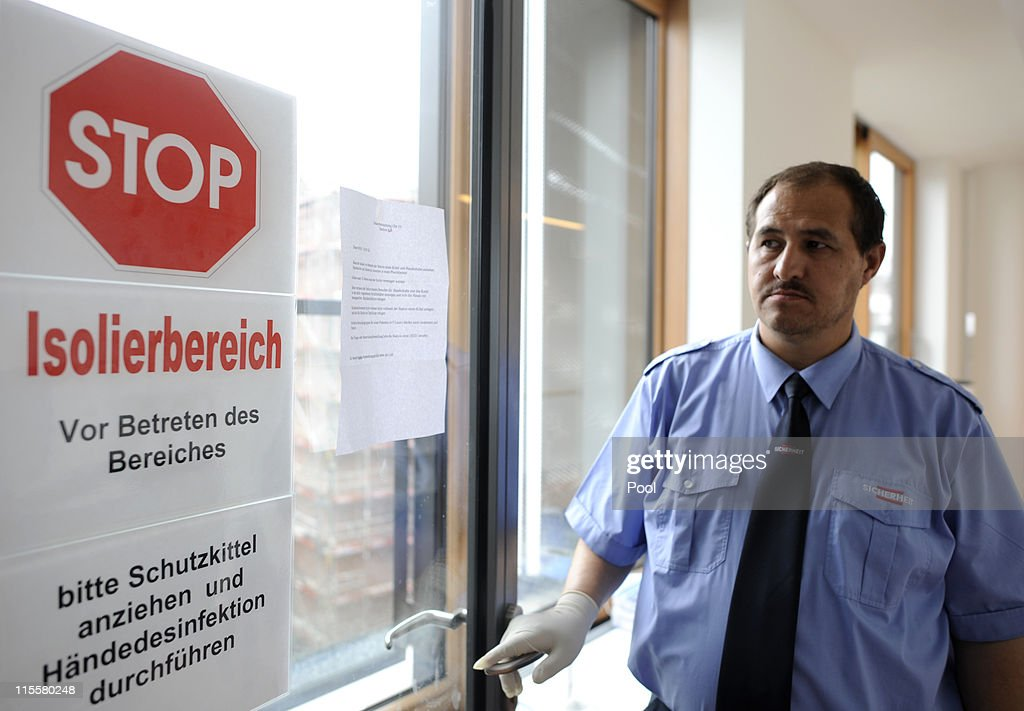 A sign warns at the entrance of an isolation area of the University Clinic Eppendorf (UKE) on June 8, 2011, in Hamburg, Germany. On Wednesday German ministers defended their response to the E.coli outbreak that has killed 24 people and signalled possible changes in the way the country handles health crises in the future.
