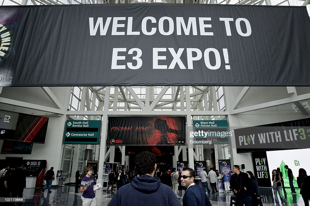 A sign welcomes attendees to the Electronic Entertainment Expo (E3) in Los Angeles, California, U.S., on Wednesday, June 16, 2010. Nintendo Co., Sony Corp., and Microsoft Corp. showed off 3-D and motion sensing capabilities for video games as the companies look to additional features to revive shrinking industry sales. Photographer: Jonathan Alcorn/Bloomberg via Getty Images