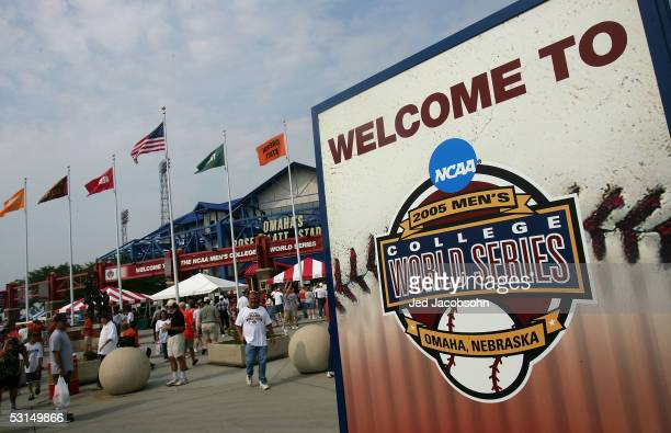 A sign welcomes fans to the Florida Gators and the Texas Longhorns Game 1 of the championship series of the 59th College World Series at Rosenblatt...