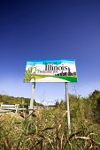 Sign welcoming entrants into Illinois