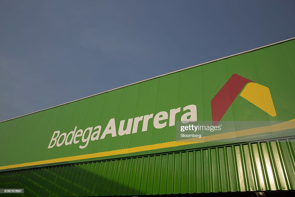 Signage is displayed at a Bodega Aurrera store, the discount chain owned by Wal-Mart Stores Inc., in Naucalpan de Juarez, Mexico, on Wednesday, May 4, 2016. Wal-Mart de Mexico SAB reported first-quarter results last week that beat analysts estimates, the most recent sign of growth for Mexican companies this earnings season. Photographer: Susana Gonzalez/Bloomberg via Getty Images