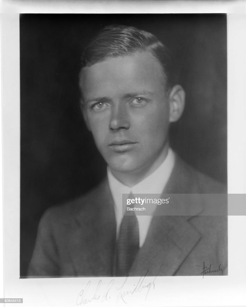A signed photograph shows the famed American aviator Charles Augustus Lindbergh (1902 - 1974), United States, early 20th century.