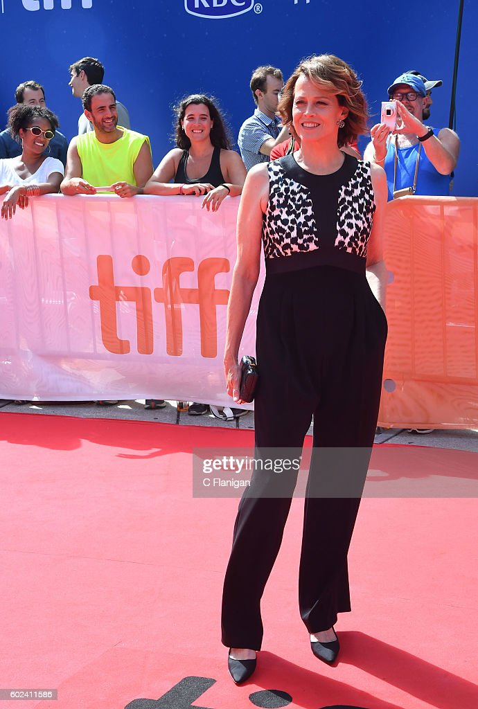 sigourney-weaver-arrives-at-the-2016-toronto-international-film-a-picture-id602411586