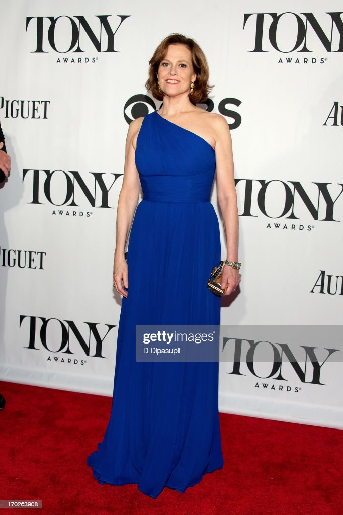 <a gi-track='captionPersonalityLinkClicked' href=/galleries/search?phrase=Sigourney+Weaver&family=editorial&specificpeople=201647 ng-click='$event.stopPropagation()'>Sigourney Weaver</a> attends the 67th Annual Tony Awards at Radio City Music Hall on June 9, 2013 in New York City.