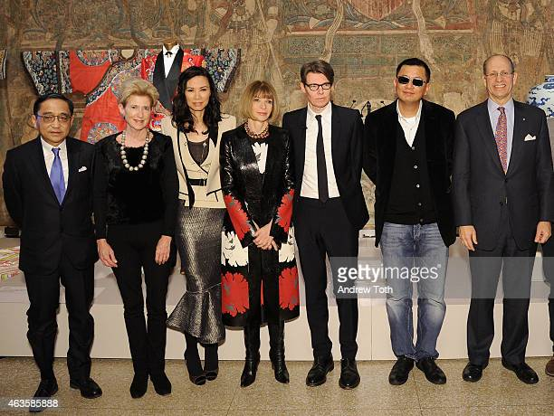 Silas Chou Emily Rafferty Wendi Murdoch Anna Wintour Andrew Bolton Wong Kar wai and Mike Hearn attend The Metropolitan Museum Of Art's 'China Through...