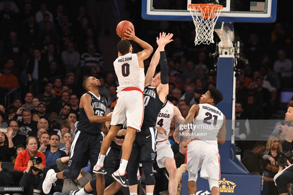 Silas Melson #0 of the Gonzaga Bulldogs drives to the basket during the Jimmy V Classic college basketball game against the Villanova Wildcats at Madison Square Garden on December 5, 2017 in New York City. The Wildcats won 88-72.