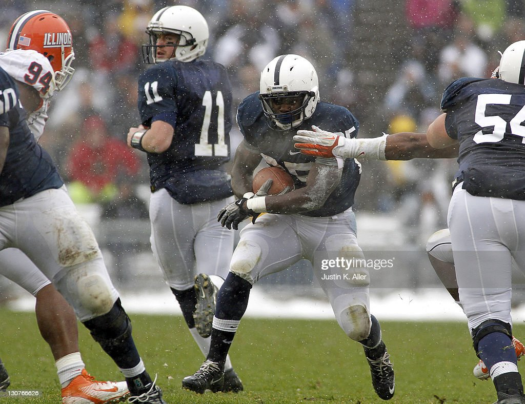 Silas Redd #25 of the Penn State Nittany Lions carries the ball against the Illinois Fighting Illini during the game on October 29, 2011 at Beaver Stadium in State College, Pennsylvania.