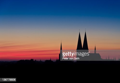 Silhouette of St Mary's church : Stock-Foto