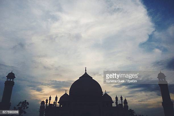 Silhouette Taj Mahal Against Sky During Sunset