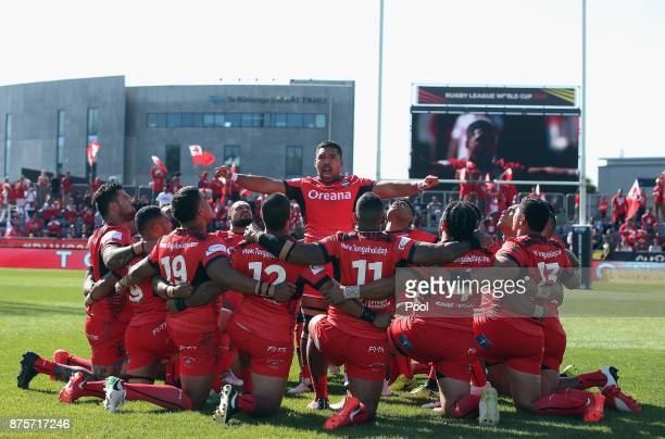 Siliva Havili of Tonga performs the Sipi Tau prior to the 2017 Rugby League World Cup Quarter Final match between Tonga and Lebanon at AMI Stadium on...