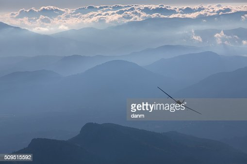 plane clouds and mountains - photo #18