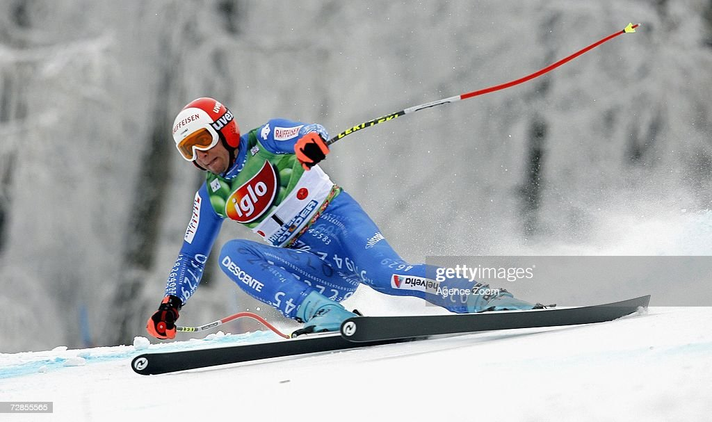 Silvan Zurbriggen of Switzerland competes on his way to taking 4th place during the FIS Skiing World Cup Men's Super-G on December 20, 2006 in Hinterstoder, Austria.