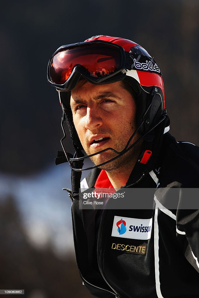 <a gi-track='captionPersonalityLinkClicked' href=/galleries/search?phrase=Silvan+Zurbriggen&family=editorial&specificpeople=817527 ng-click='$event.stopPropagation()'>Silvan Zurbriggen</a> of Switzerland prepares to ski in the Slalom segment of the Men's Super Combined during the Alpine FIS Ski World Championships on the Gudiberg course on February 14, 2011 in Garmisch-Partenkirchen, Germany.