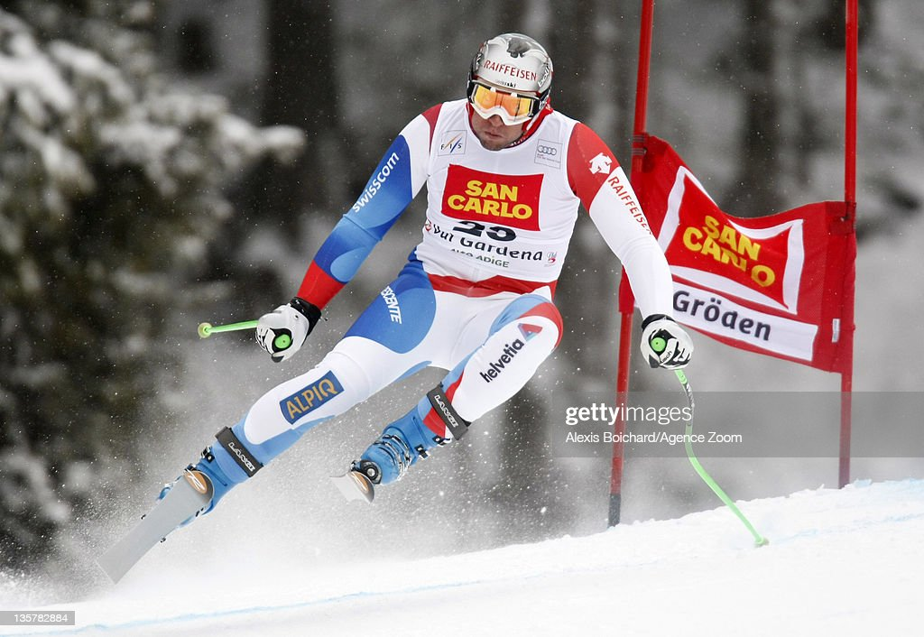 <a gi-track='captionPersonalityLinkClicked' href=/galleries/search?phrase=Silvan+Zurbriggen&family=editorial&specificpeople=817527 ng-click='$event.stopPropagation()'>Silvan Zurbriggen</a> of Switzerland skis during the Audi FIS Alpine Ski World Cup Men's Downhill Training on December 14, 2011 in Val Gardena, Italy.