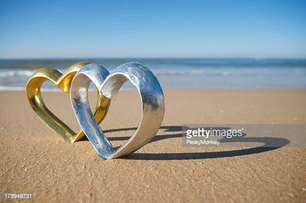 Silber und Gold Herzen Shine on the Beach