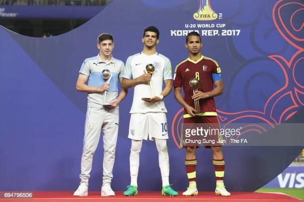 Silver Ball winner Federico Valverde of Uruguay Golden Ball winner Dominic Solanke of England and Bronze Ball winner Yangel Herrera of Venezuela pose...