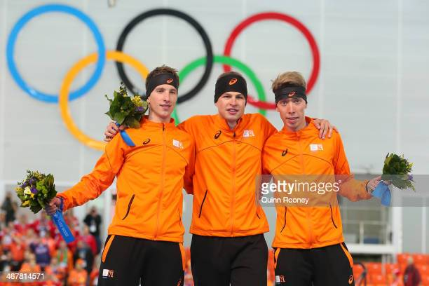 Silver medalist Jan Blokhuijsen of the Netherlands gold medalist Sven Kramer of the Netherlands and bronze medalist Jorrit Bergsma of the Netherlands...