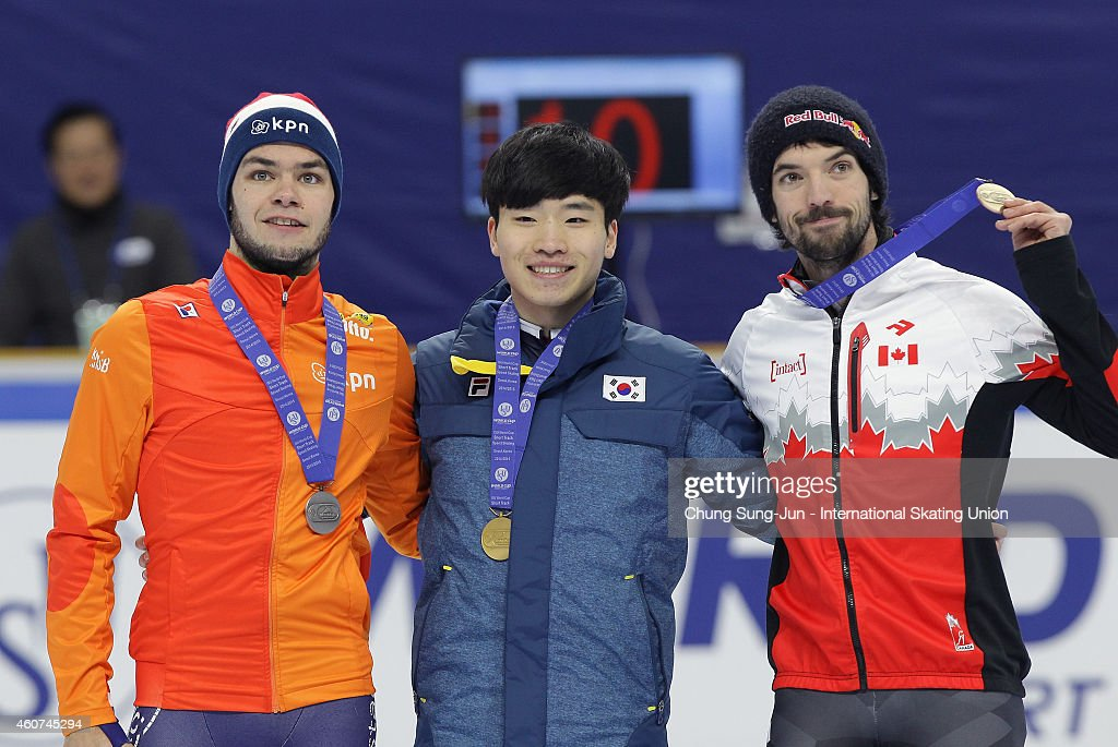 Silver medalist <a gi-track='captionPersonalityLinkClicked' href=/galleries/search?phrase=Sjinkie+Knegt&family=editorial&specificpeople=5581263 ng-click='$event.stopPropagation()'>Sjinkie Knegt</a> of Netherlands Gold medalist Seo Yi-Ra of South Korea and Bronze medalist <a gi-track='captionPersonalityLinkClicked' href=/galleries/search?phrase=Charles+Hamelin&family=editorial&specificpeople=820316 ng-click='$event.stopPropagation()'>Charles Hamelin</a> of Canada pose for medal ceremomy in the Men 500M Final A during the ISU World Cup Short Track Speed Skating 2014/15 - Seoul at Mokdong Ice Rink on December 21, 2014 in Seoul, South Korea.