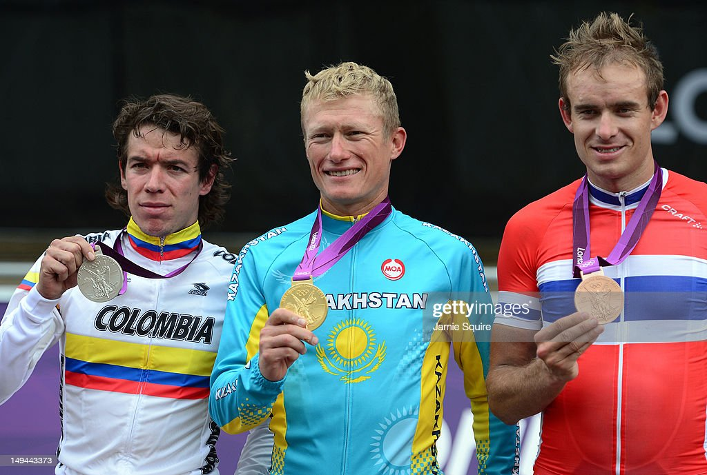 http://media.gettyimages.com/photos/silver-medallist-rigoberto-uran-uran-of-colombia-gold-medallist-of-picture-id149443373