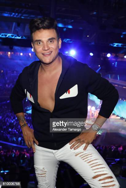 Silvestre Dangond poses backstage during Univision's 'Premios Juventud' 2017 Celebrates The Hottest Musical Artists And Young Latinos ChangeMakers at...