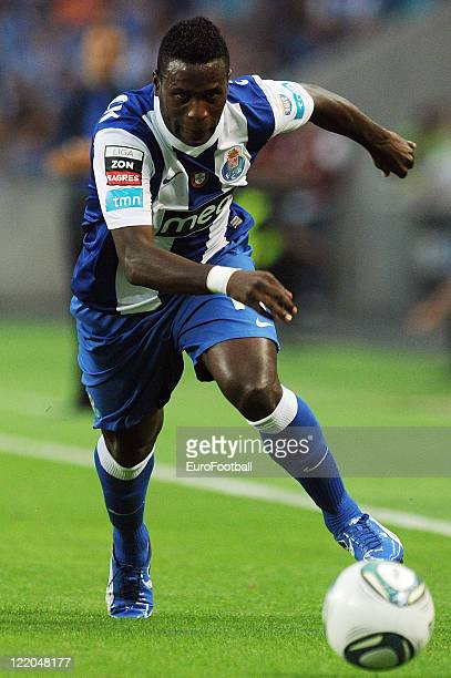 Silvestre Varela of FC Porto in action during the Portuguese Primeira Liga match between FC Porto and Gil Vicente FC held on August 19 2011 at the...