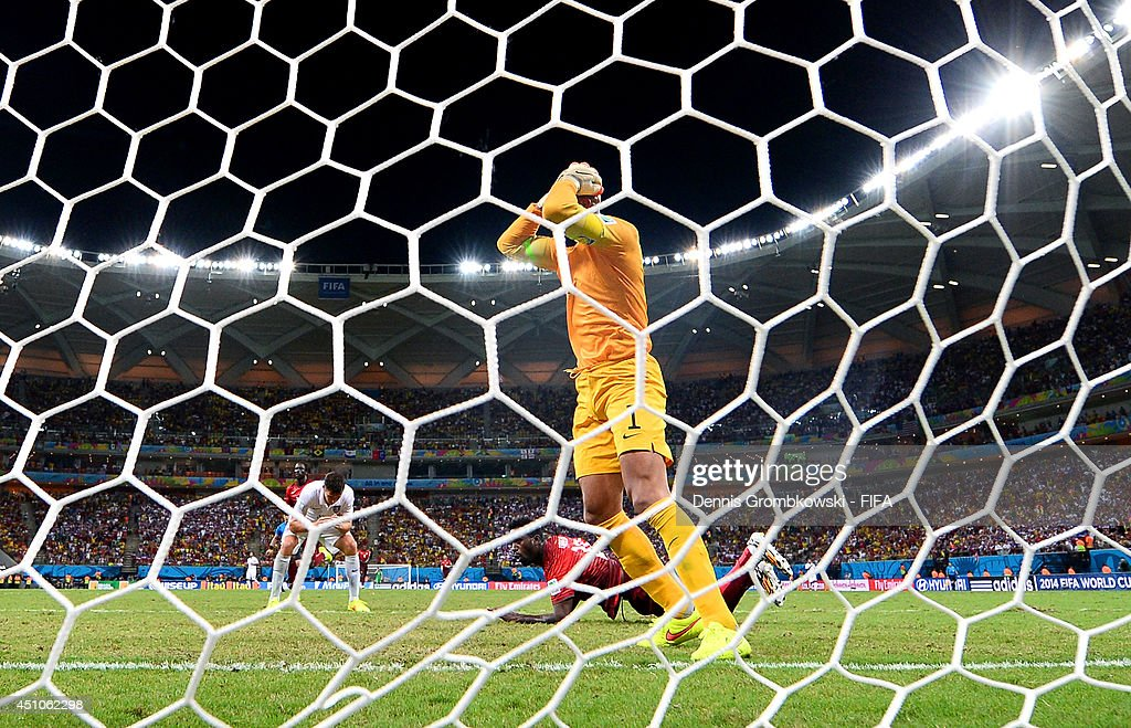 <a gi-track='captionPersonalityLinkClicked' href=/galleries/search?phrase=Silvestre+Varela&family=editorial&specificpeople=607288 ng-click='$event.stopPropagation()'>Silvestre Varela</a> of Portugal scores the team's second goal past <a gi-track='captionPersonalityLinkClicked' href=/galleries/search?phrase=Tim+Howard+-+Soccer+Player&family=editorial&specificpeople=11515558 ng-click='$event.stopPropagation()'>Tim Howard</a> of the United States during the 2014 FIFA World Cup Brazil Group G match between USA and Portugal at Arena Amazonia on June 22, 2014 in Manaus, Brazil.