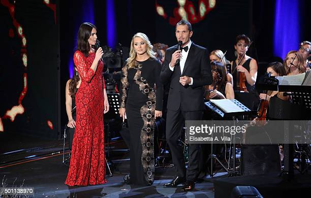 Silvia Toffanin Anastacia and Alvis attend the 23rd Christmas Concert at Auditorium Conciliazione on December 12 2015 in Rome Italy